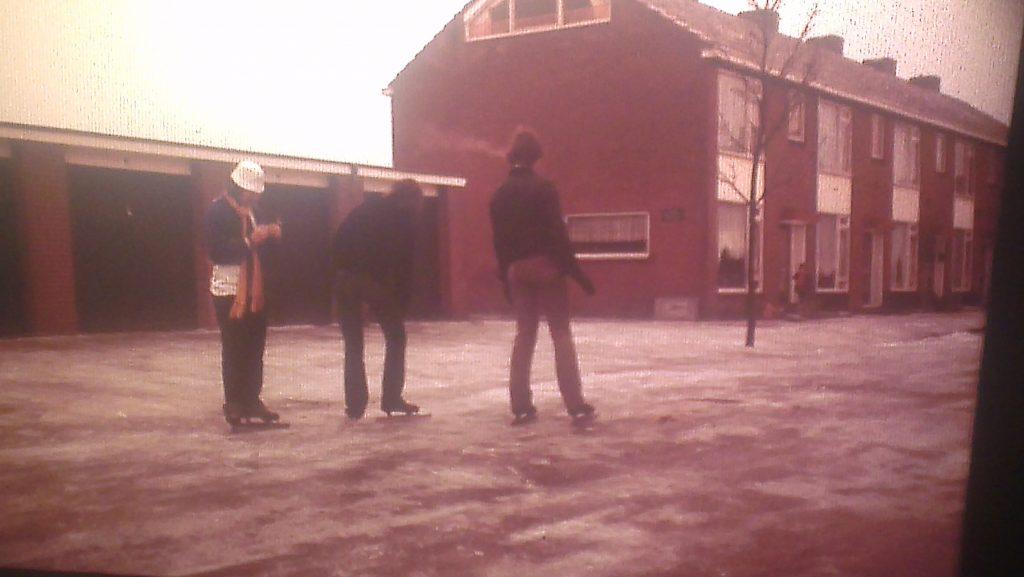 1979-01-20-schaatsen-op-straat
